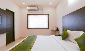 Maple Bedroom